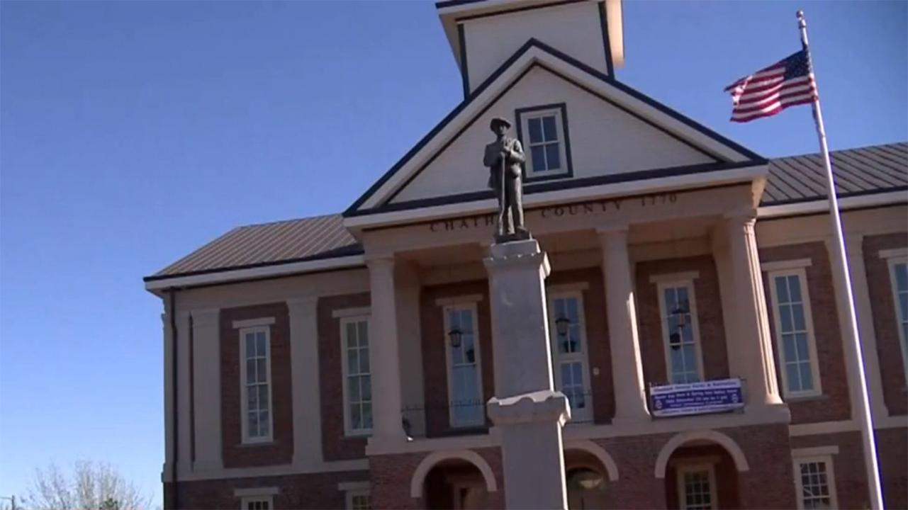 Pittsboro monument