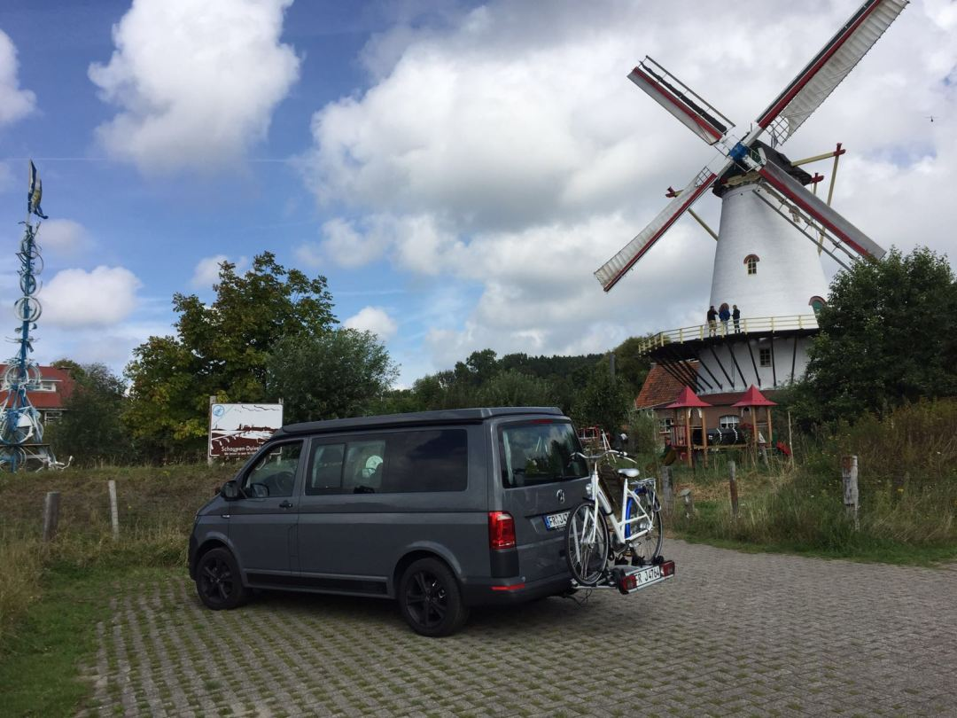 Camping vor einer Mühle
