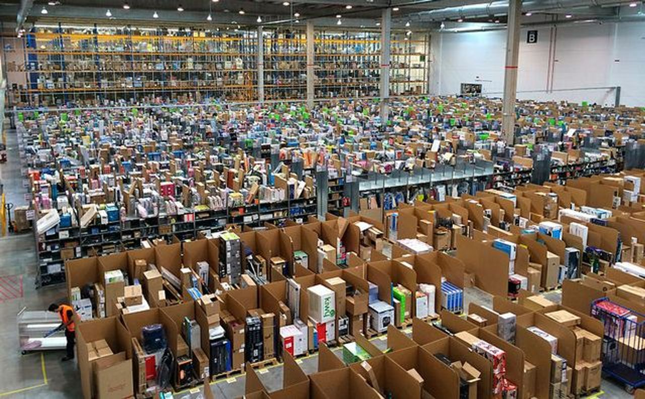 Amazon's San Fernando de Henares fulfillment center