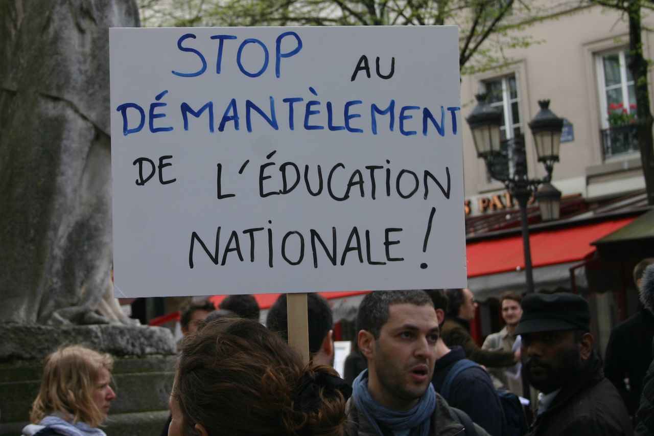French students say 'Stop the dismantling of public education!'