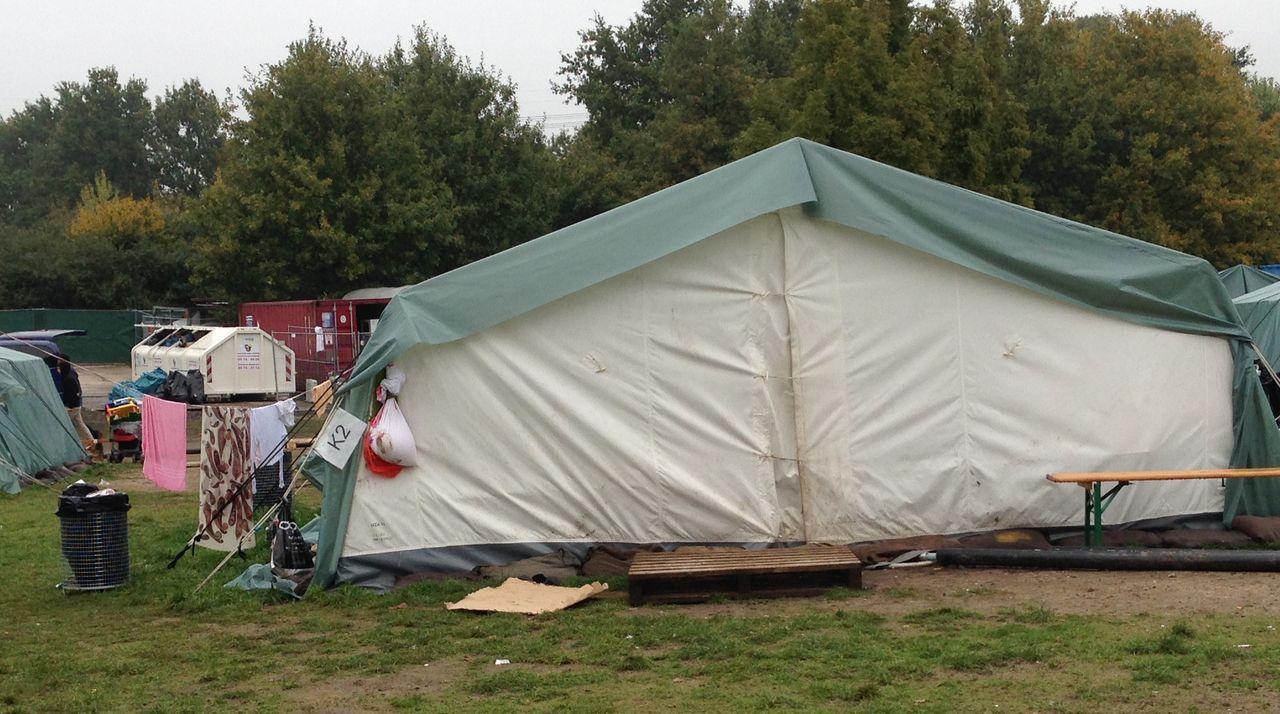 Refugee tent in the Jenfelder Moorpark