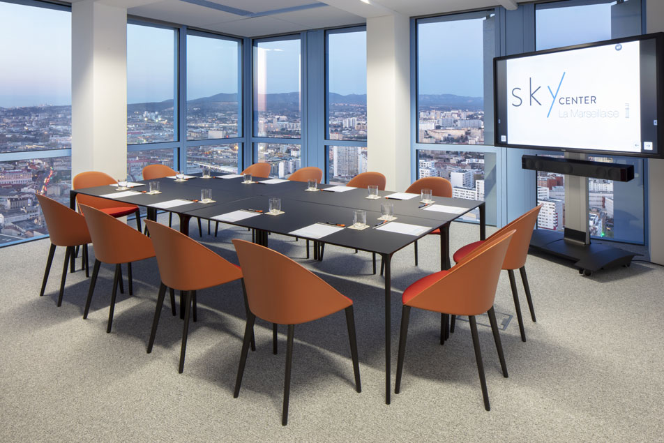 Louez un bureau en centre ville marseille - Sky Center - World Trade Center Marseille