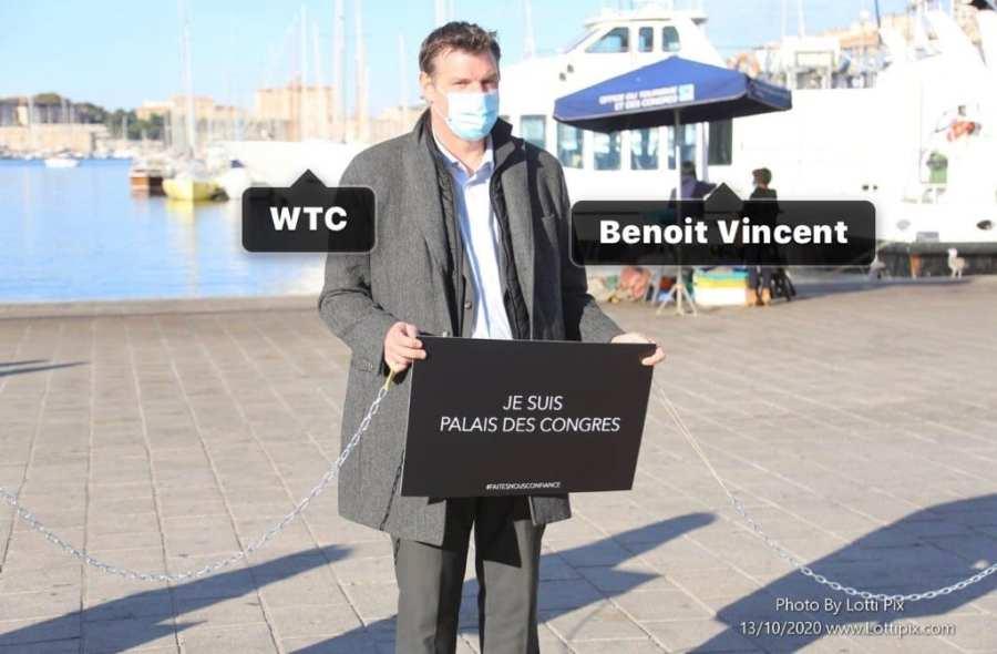 manifestation Vieux-Port Marseille Benoit Vincent WTCMP faites-nous confiance couleur
