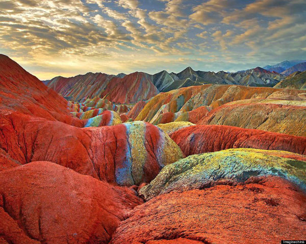 Rainbow_mountain_Zhangye_Danxia_02