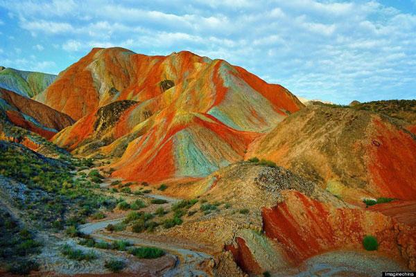 Rainbow_mountain_Zhangye_Danxia_05