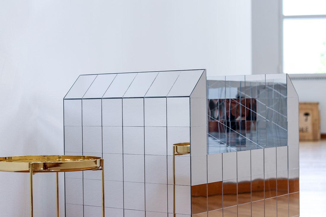 SUR/FACE. Spiegel Ausstellung
