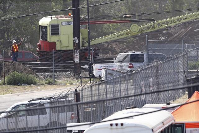 2015-05-15 Amtrak Wreckage_116287