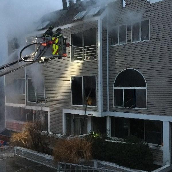 12-26-condo-fire_372542