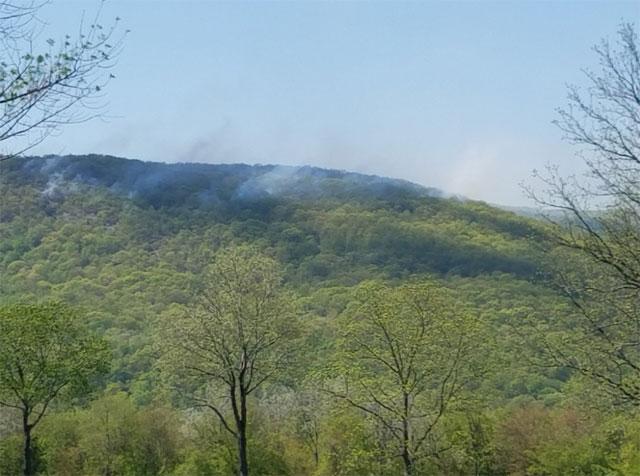 2017-05-17-Schaghticoke-Mountain-Fire-Kent_453179