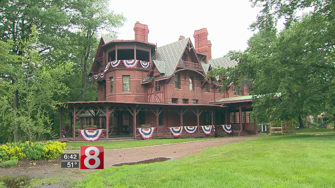 mark twain house tour in hartford ct_465950