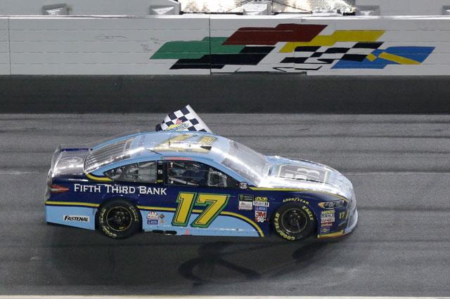 2017-07-06-Ricky-Stenhouse-NASCAR-AP_485233