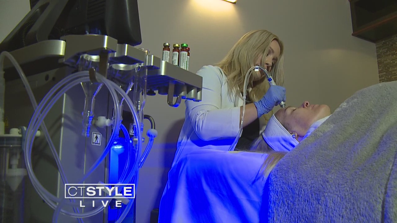 The HydraFacial_ One of The Beauty Industry's Newest Anti-Aging Treatments_509379