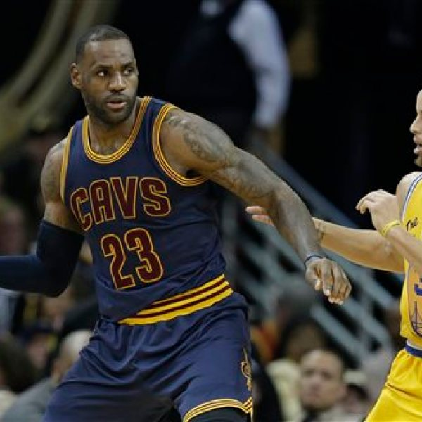Stephen Curry, LeBron James_297705