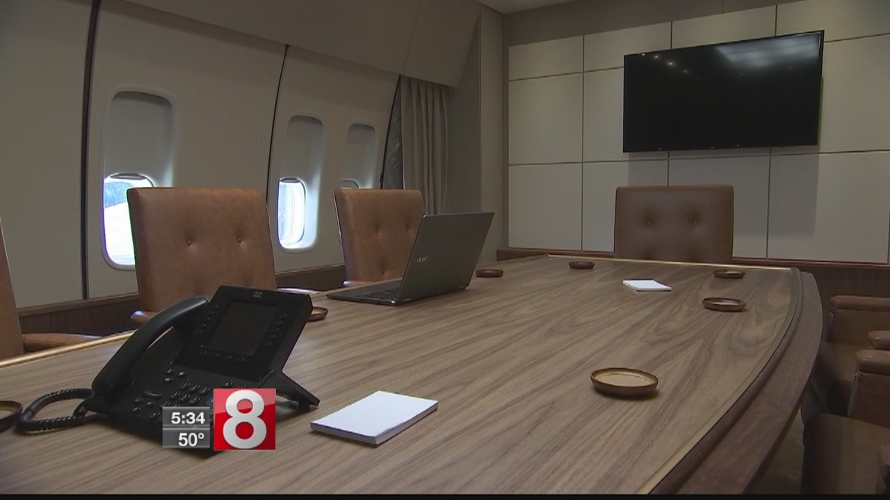 "New museum gives people a chance to experience ""Air Force One"""