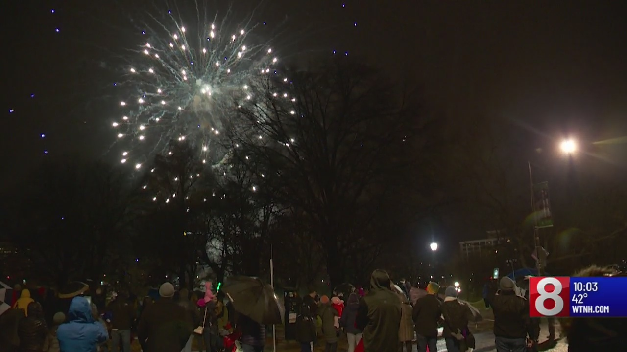Rain doesn't dampen spirits during New Year's Eve festivities in Hartford