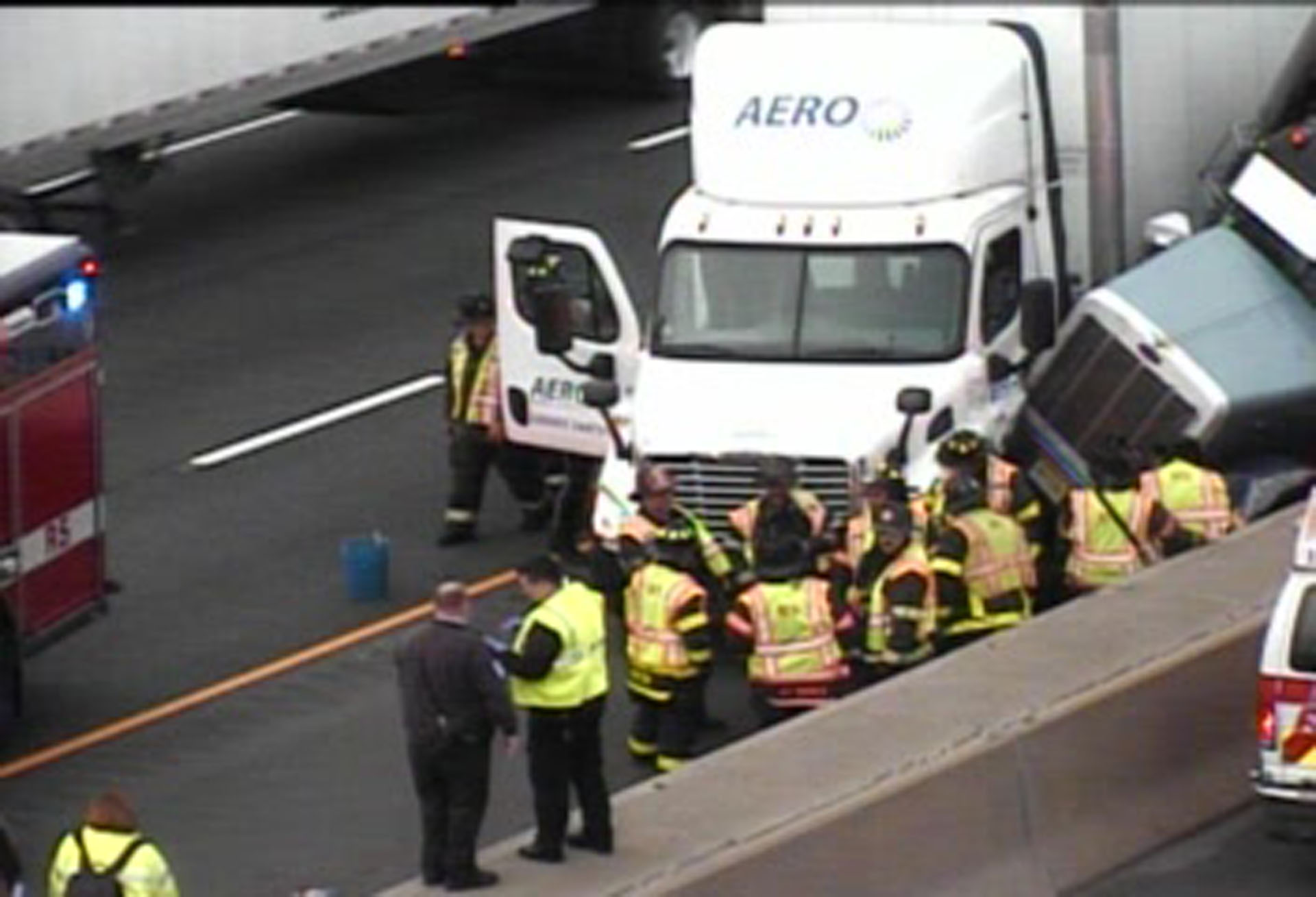 2 lanes closed on I-95 South in Bridgeport due to crash involving 2