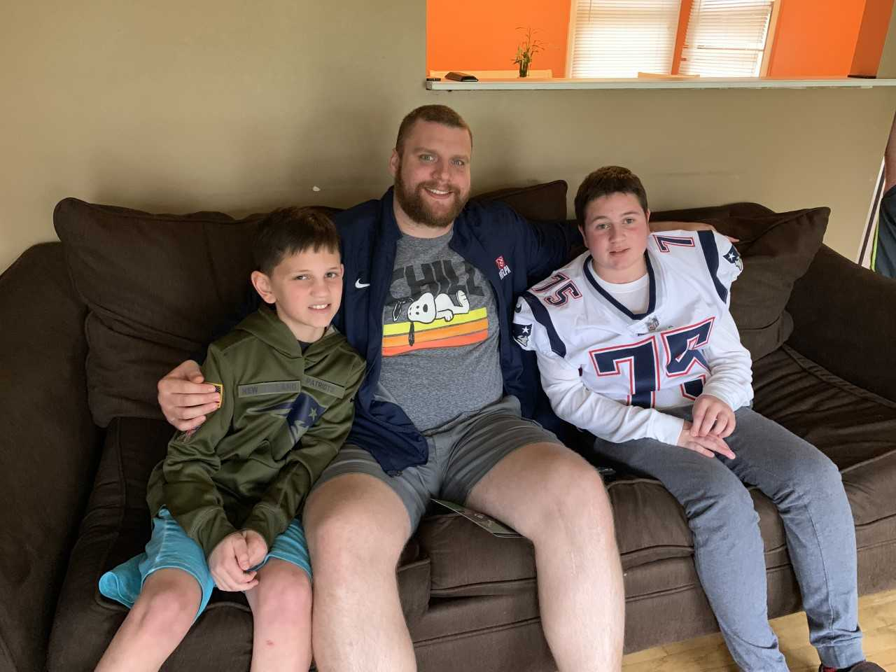 2019-04-26 patriots player visits north haven cancer patient_1556333592095.jfif.jpg