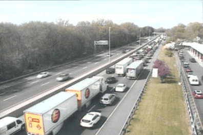 2019-05-04 darien truck fire delays traffic camera_1556998946372.PNG.jpg