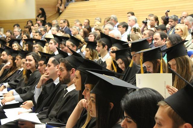 1,8 milioni di laureati e diplomati al lavoro entro il 2024. Opportunità anche per 680mila qualifiche professionali, ma, in 4 casi su 10, non saranno disponibili sul mercato