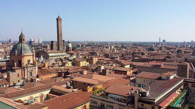 Bologna: Voucher da 10.000 euro per la digitalizzazione. Formazione e consulenza agevolate al 50% per dare impulso al sistema delle imprese