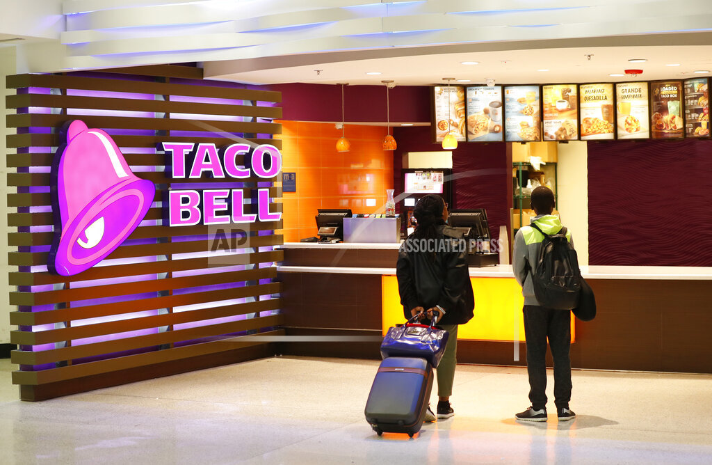 Taco Bell Hotel_1558402483668