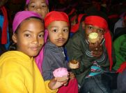 Kids Club - cup cake and pirate party 18.05.12 048