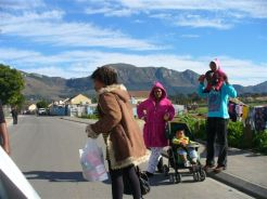 MANDELA DAY - 67 FOOD PARCELS X 2 - IN 67 MINUTES!!! 028