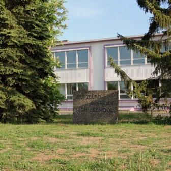 """Blick auf die ehemalige """"Würzburg American Highschool"""""""