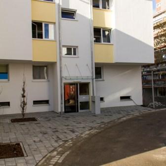 """Das gleiche Gebäude im Januar 2013 nach den dringend erforderlichen Sanierungsarbeiten - ein Unterschied wie """"Tag und Nacht"""" wie man immer so schön sagt..."""