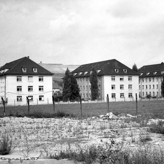 Gebäude der ehemaligen Hindenburg Kaserne in der Weißenburgstraße. Die Aufnahme stammt ca. aus dem Jahr 1967.