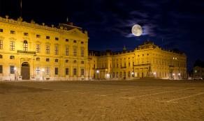 """Preisfrage: War der Mond wirklich so groß wie auf dem Bild? Wer findet den kleinen """"Fehler"""" in dem Bild der verrät warum es so eigentlich nicht sein konnte?"""
