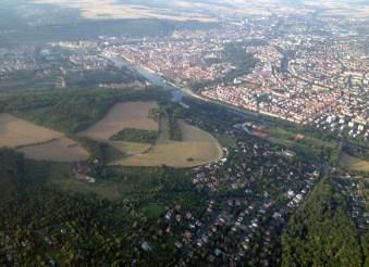 Steinbachtal und Würzburg im Hintergrund