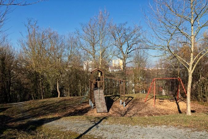 Spielplatz am Happach.