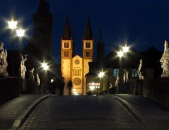 Der Dom zu Würzburg (Foto: www.wuerzburg-fotos.de)