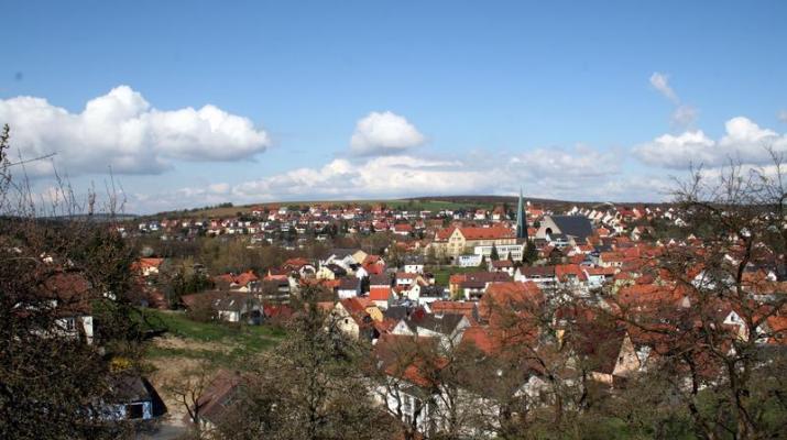 Blick auf Versbach (Foto: www.wuerzburg-fotos.de)