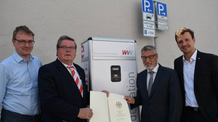 Erste Innenstadt-Ladestation für Elektromobile eröffnet