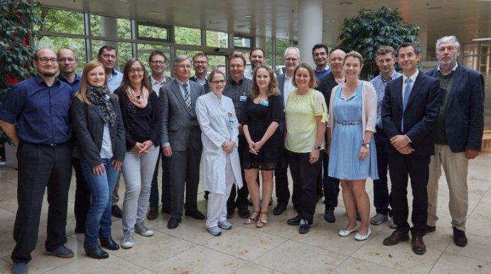 IT-Großprojekt für Menschen mit seltenen Erkrankungen in Bayern gestartet