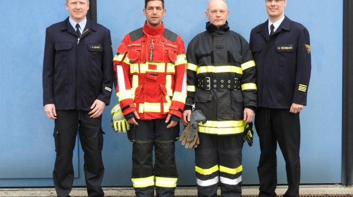 Feuerwehr Würzburg erhält neue Einsatzkleidung