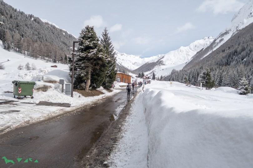 Straße hinein ins Ahrntal.