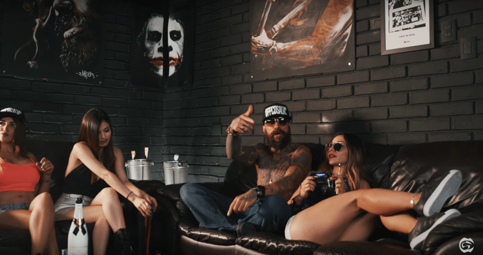 Cartel de Santa – POLLO Y CONEJO (VIDEO OFICIAL) New Video