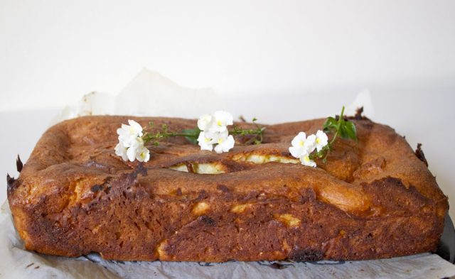 gluten free, rosemary, white chocolate, maderia, loaf, cake, easy, simple, recipe, UK, blog, wuthering bites, quick, afternoon tea