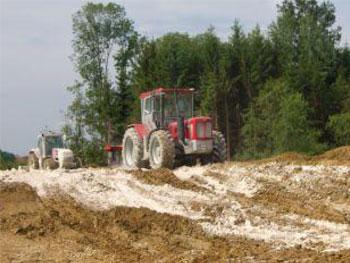 Bodenstabilisierung Rückhaltebecken Hof