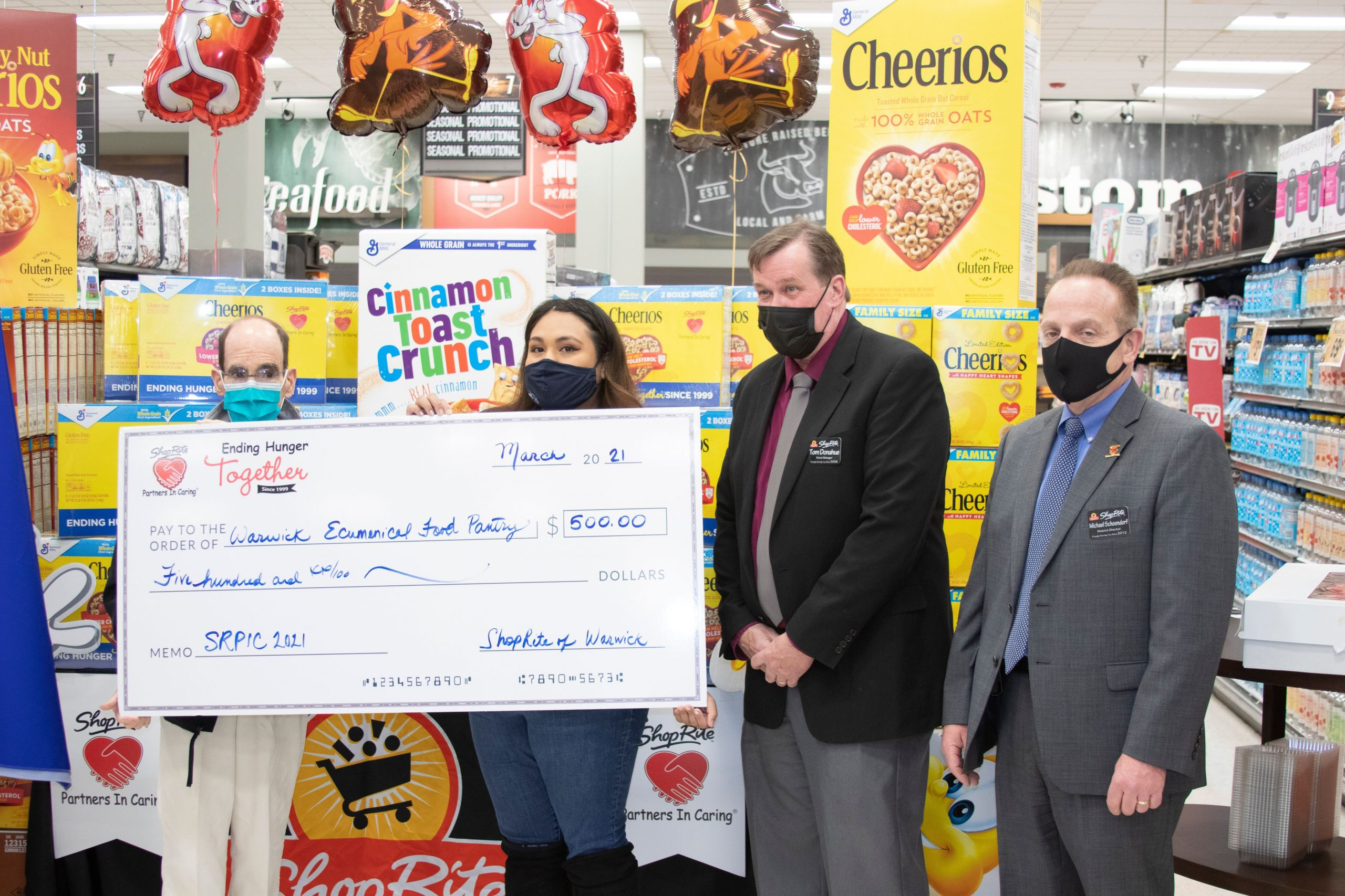 Warwick Food Pantry Receives Donations from ShopRite – The Warwick Valley Dispatch