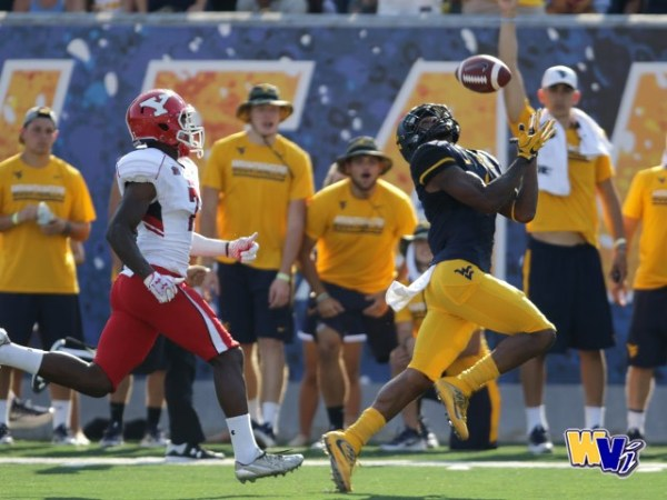 Mountaineers Ice The Penguins,, 38-21