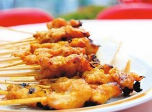 Weight Watchers Chicken Skewers with Satay Sauce recipe