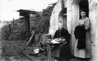 Essex Farm bunker used as living accommodation