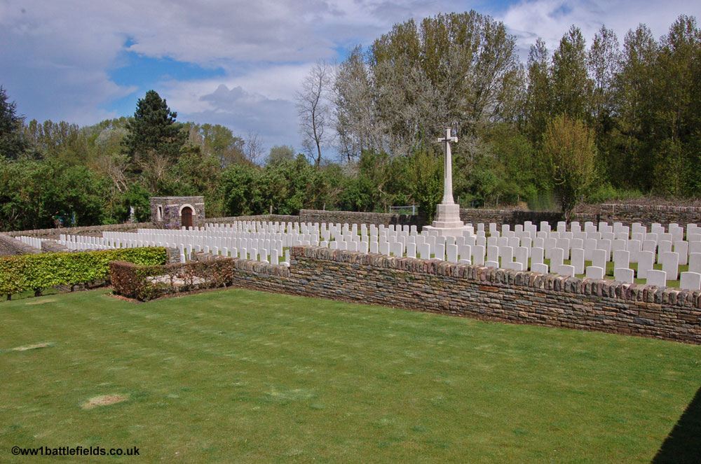 Level Crossing Cemetery