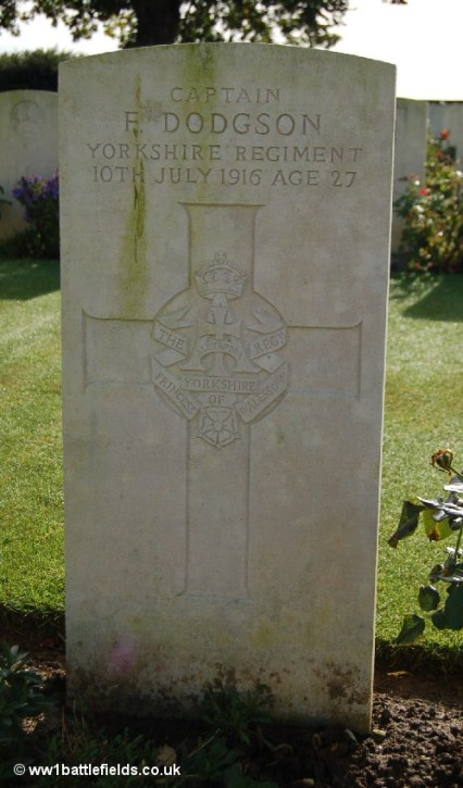 Grave of Captain Francis Dodgson in Serre Road No. 2 Cemetery