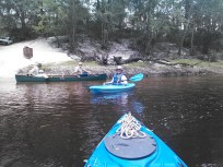 1600x1200 Bret Wagenhorst, Dave Hetzel, Gretchen Quarterman, at Hotchkiss Road, in Alapaha River Outing, by John S. Quarterman, for WWALS.net, 24 August 2014
