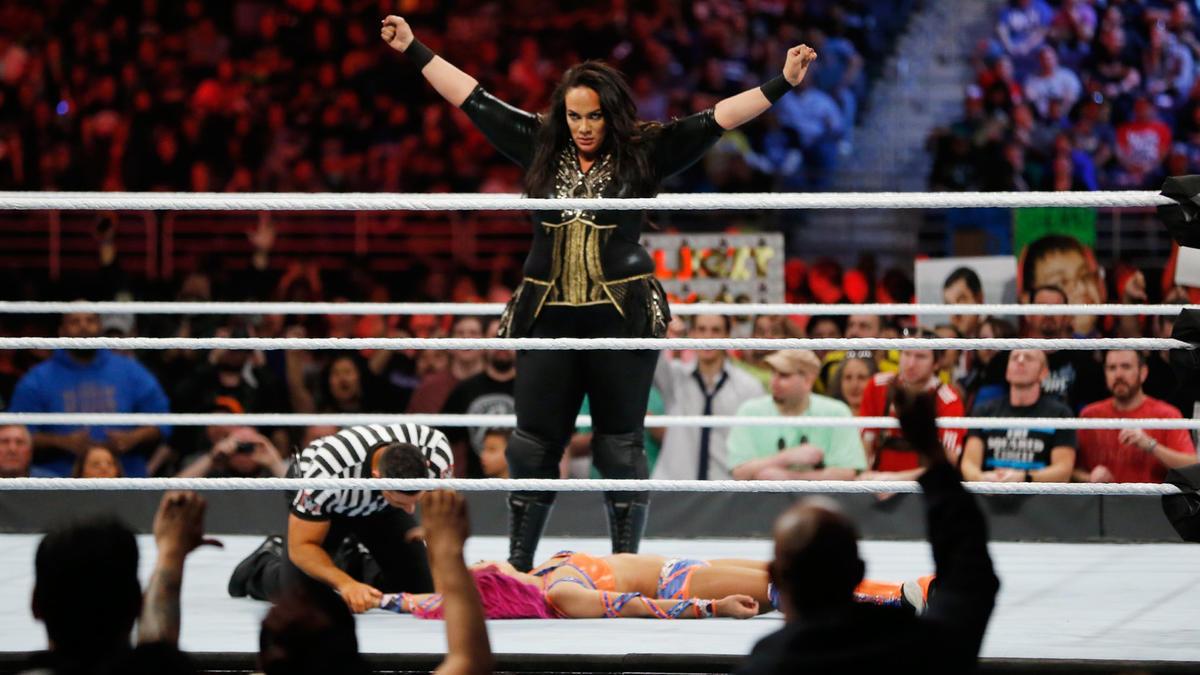 Nia Jax earns a dominant victory on the Royal Rumble 2017 Kickoff.